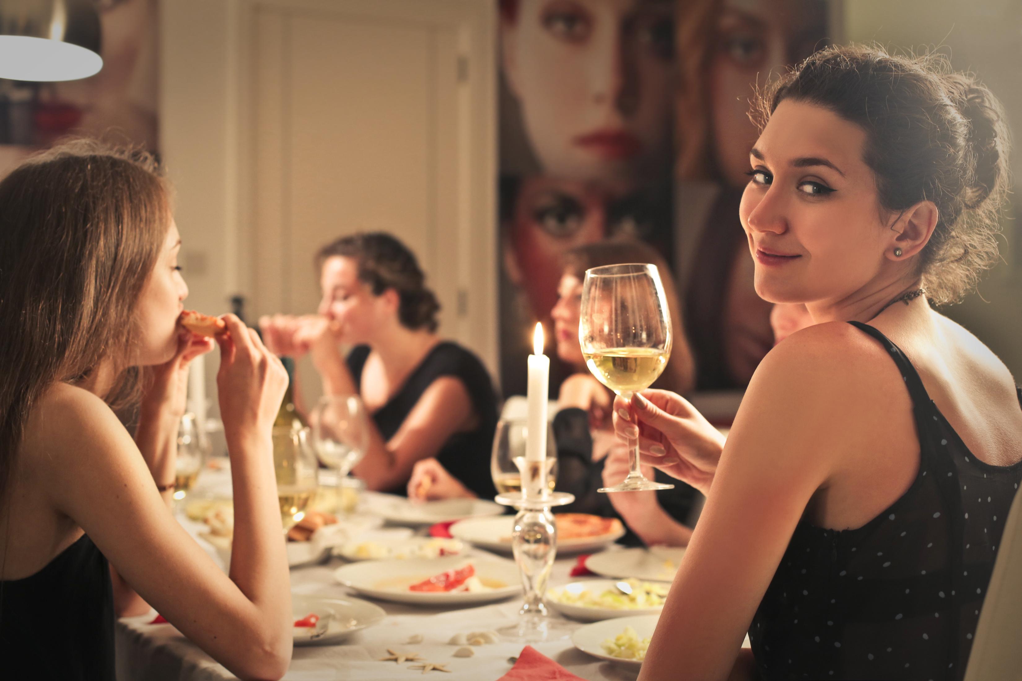 cena con cluedo